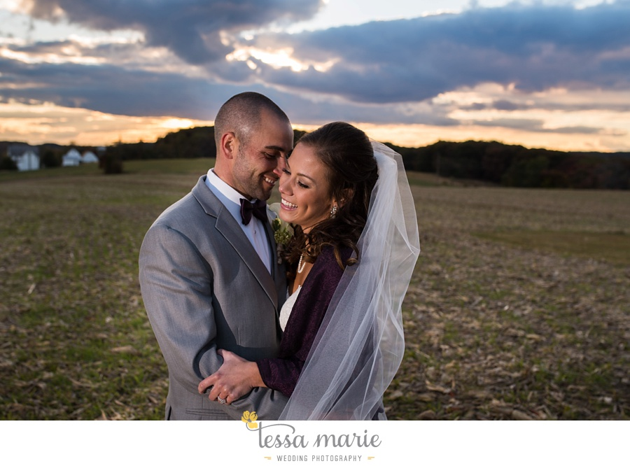 baltimore_outdoor_Wedding_pictures_fall_wedding_farm_wedding_tessa_marie_Weddings_0131