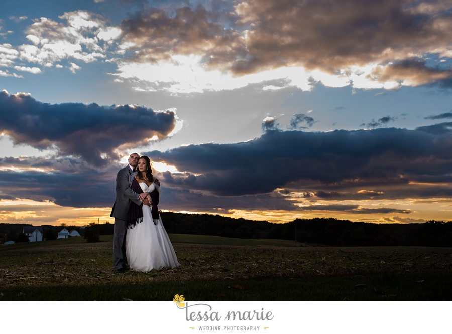 baltimore_outdoor_Wedding_pictures_fall_wedding_farm_wedding_tessa_marie_Weddings_0133