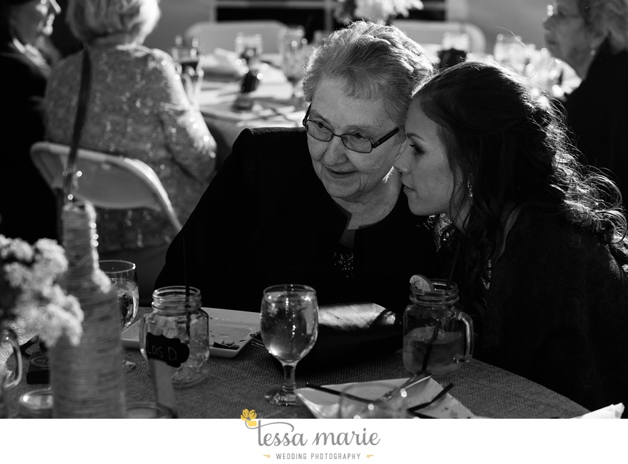 baltimore_outdoor_Wedding_pictures_fall_wedding_farm_wedding_tessa_marie_Weddings_0139
