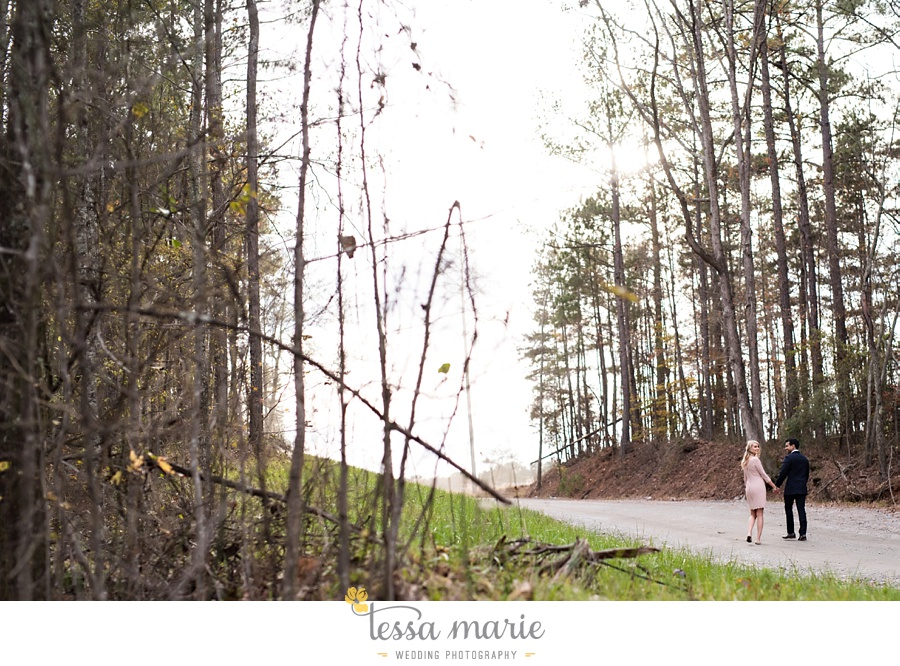 foxhall_candid_creative_Engagement_pictures_tessa_marie_Weddings_0015