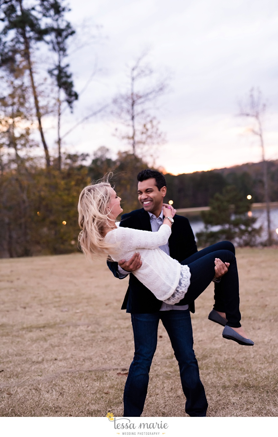foxhall_candid_creative_Engagement_pictures_tessa_marie_Weddings_0051