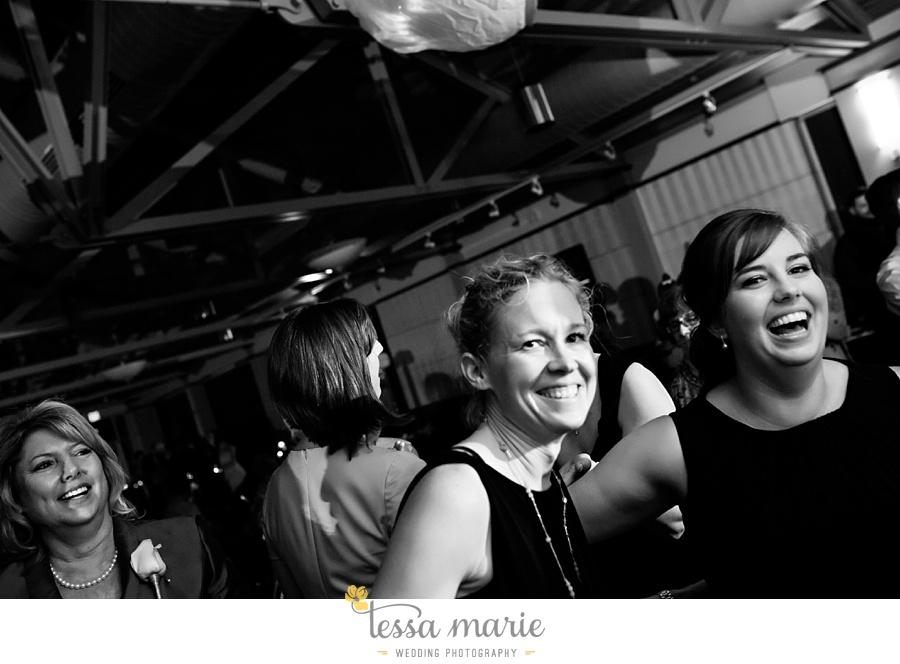 258_lauren_matthew_nebraska_wedding_pictures