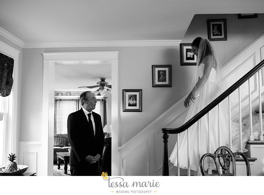 baltimore_outdoor_Wedding_pictures_fall_wedding_farm_wedding_tessa_marie_Weddings_0028