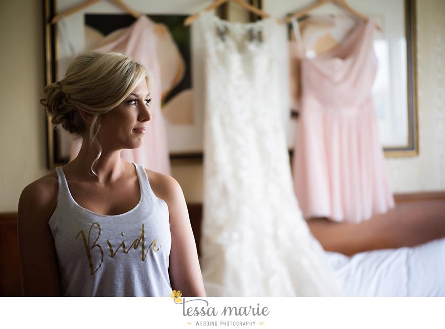 brickyard_marietta_wedding_pictures_tessa_marie_weddings_bouaktes_0022