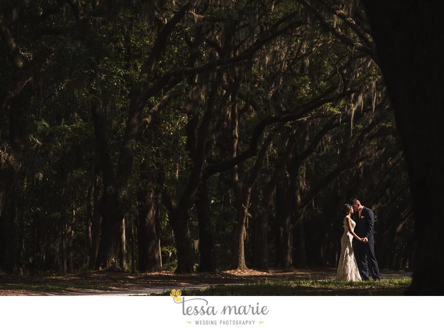 savannah_destination_wedding_photographer_wormsole_elopement_tessa_marie_weddings_essence_of_australia_gown_0115