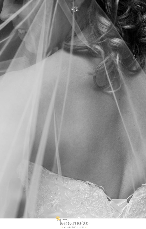 ventanas_wedding_pictures_tessa_marie_weddings_rainy_wedding_day_pictures_atlanta_skyline_wedding_0032