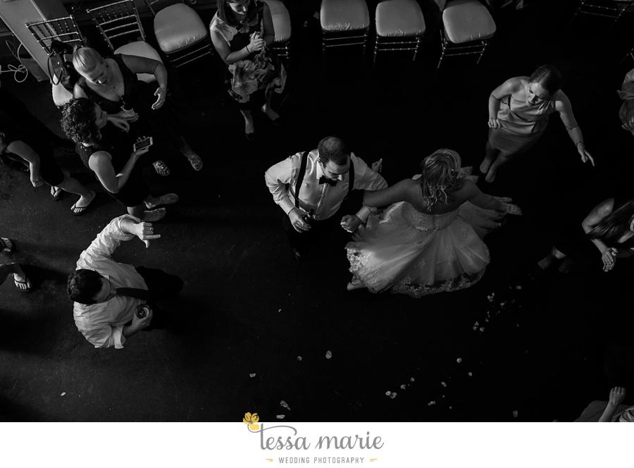 ventanas_wedding_pictures_tessa_marie_weddings_rainy_wedding_day_pictures_atlanta_skyline_wedding_0146