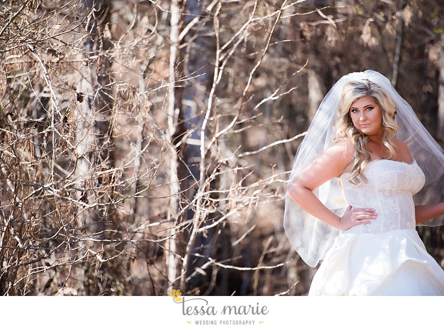 foxhall_outdoor_wedding_stables_pictures_tessa_marie_weddings_kayla_buck_bloomin_bouquets_joan_pillow_atlanta_wedding_pictures_0039