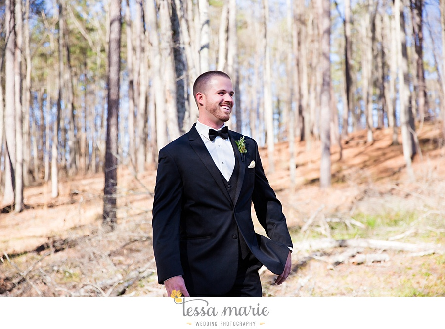 foxhall_outdoor_wedding_stables_pictures_tessa_marie_weddings_kayla_buck_bloomin_bouquets_joan_pillow_atlanta_wedding_pictures_0048