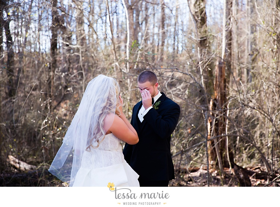 foxhall_outdoor_wedding_stables_pictures_tessa_marie_weddings_kayla_buck_bloomin_bouquets_joan_pillow_atlanta_wedding_pictures_0052