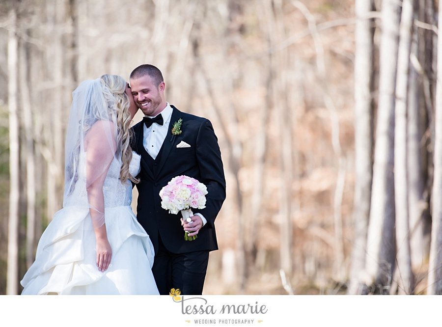 foxhall_outdoor_wedding_stables_pictures_tessa_marie_weddings_kayla_buck_bloomin_bouquets_joan_pillow_atlanta_wedding_pictures_0061