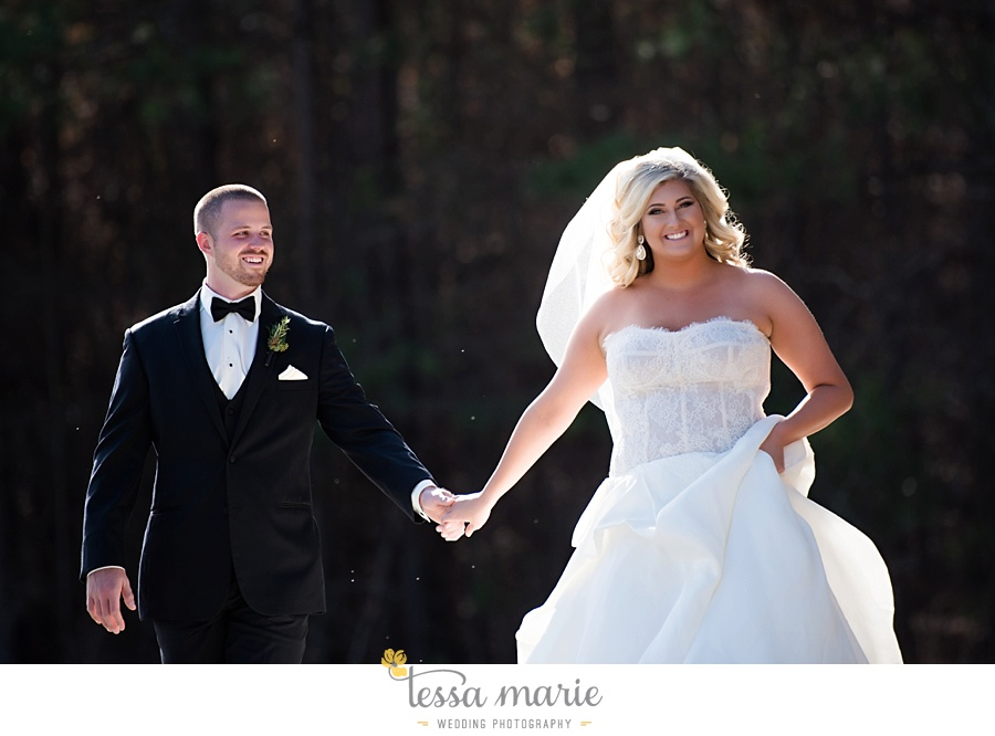 foxhall_outdoor_wedding_stables_pictures_tessa_marie_weddings_kayla_buck_bloomin_bouquets_joan_pillow_atlanta_wedding_pictures_0074