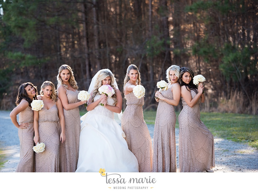 foxhall_outdoor_wedding_stables_pictures_tessa_marie_weddings_kayla_buck_bloomin_bouquets_joan_pillow_atlanta_wedding_pictures_0106