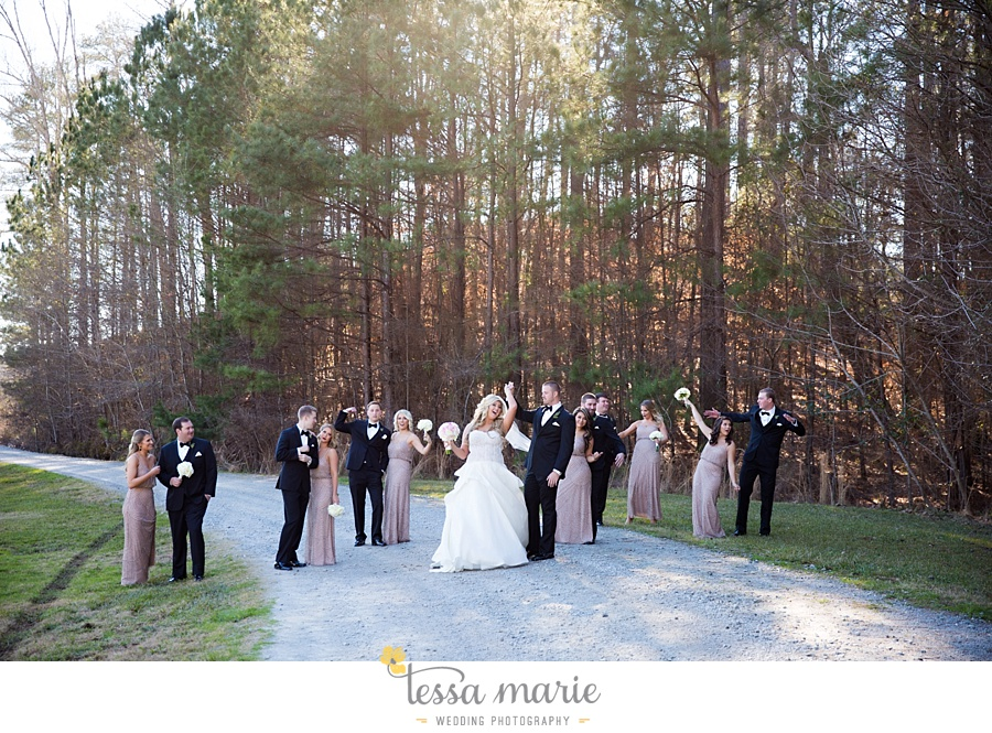 foxhall_outdoor_wedding_stables_pictures_tessa_marie_weddings_kayla_buck_bloomin_bouquets_joan_pillow_atlanta_wedding_pictures_0109