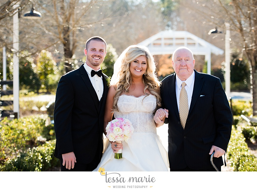 foxhall_outdoor_wedding_stables_pictures_tessa_marie_weddings_kayla_buck_bloomin_bouquets_joan_pillow_atlanta_wedding_pictures_0140