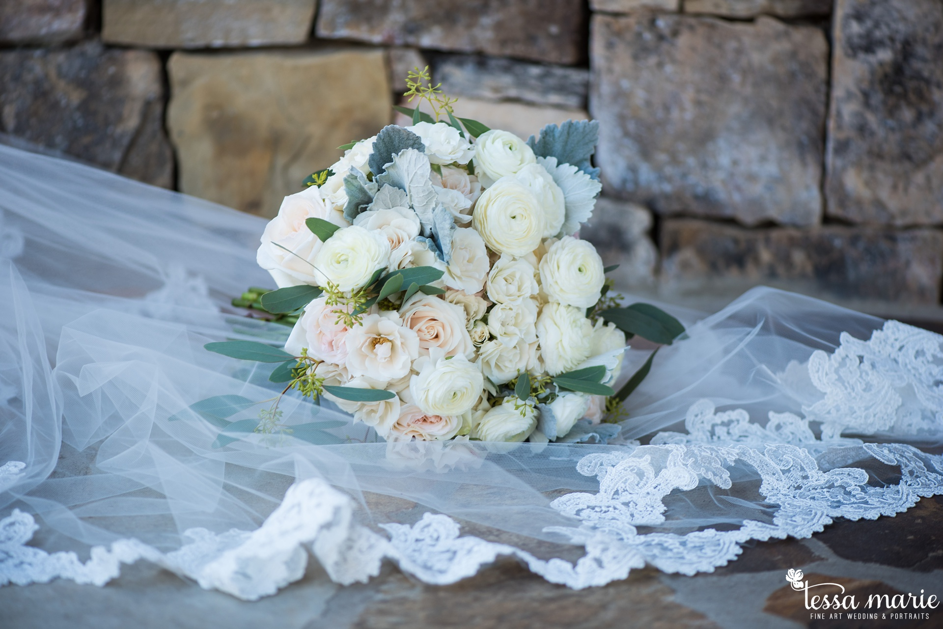 tessa_marie_legacy_moments_storytelling_candid_emotionally_driven_wedding_photographer_atlanta_wedding_photography_st_ives_country_club_wedding_boukates_bridals_by_lori_0001