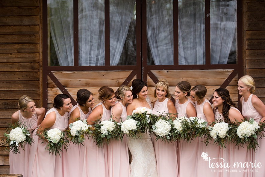walters_barn_tessa_marie_Weddings_outdoor_wedding_photographer_passion_moments_stories_0022