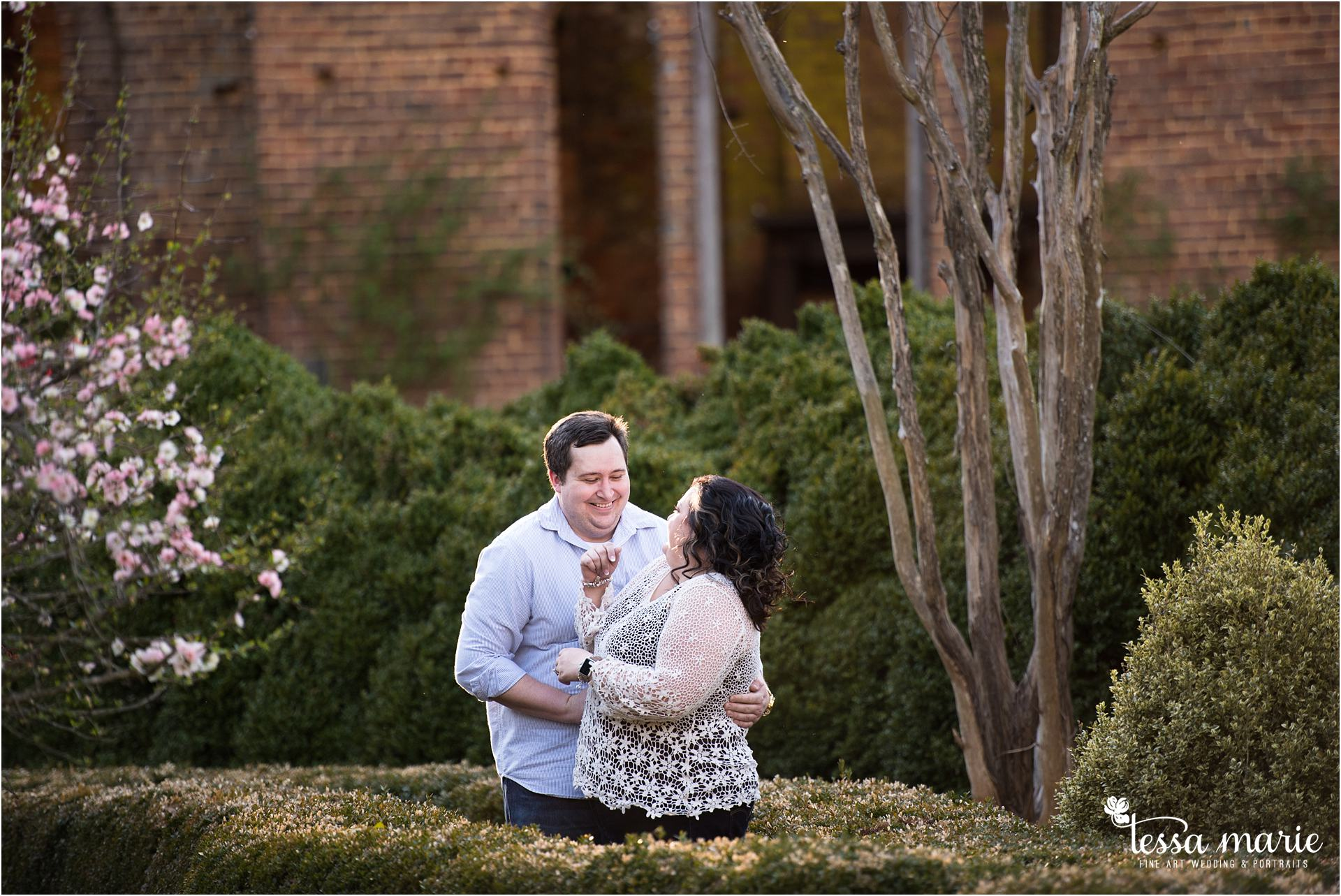 Barnsley_gardens_engagement_pictures_wedding_photographer_0028