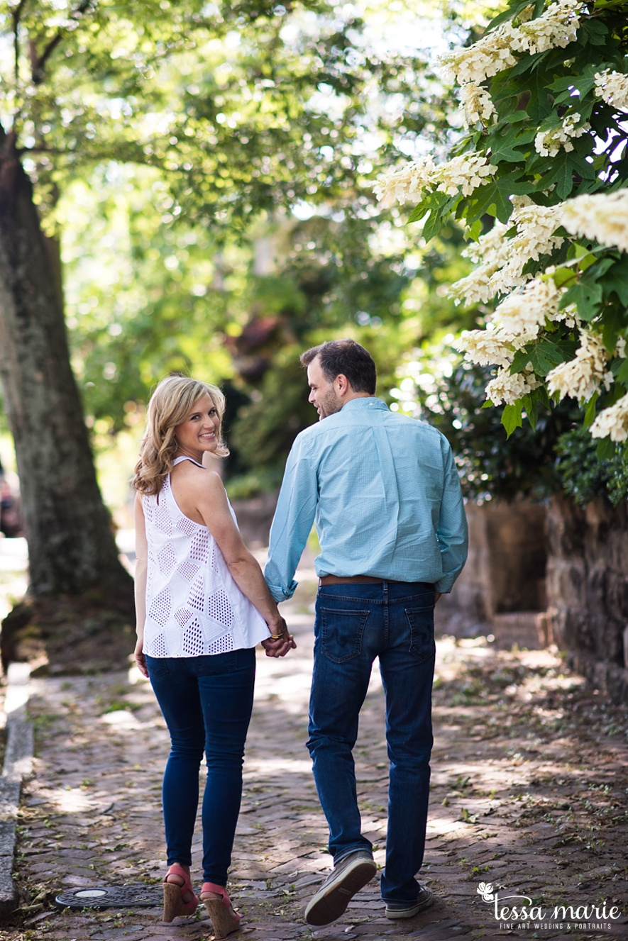 grant_park_octane_engagement_pictures_tessa_marie_weddings_candid_emotional_creative_photographs-19