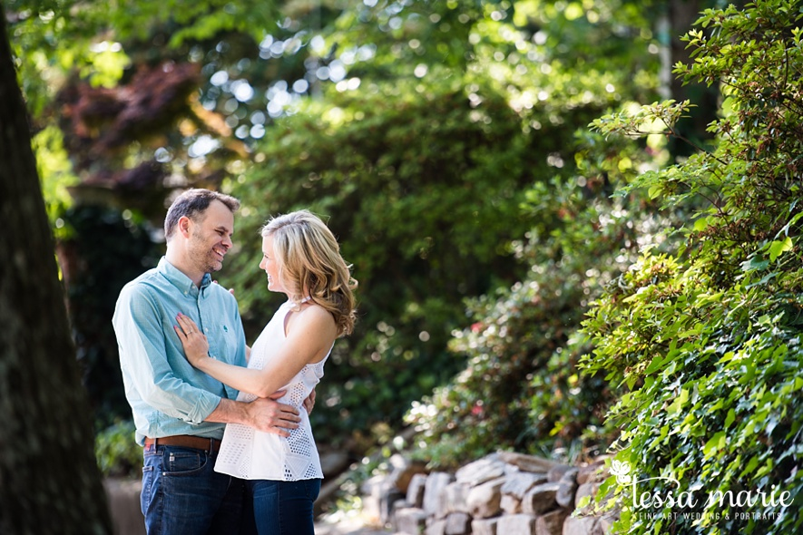 grant_park_octane_engagement_pictures_tessa_marie_weddings_candid_emotional_creative_photographs-24