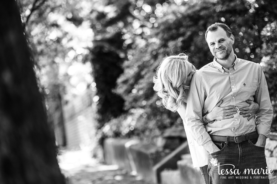 grant_park_octane_engagement_pictures_tessa_marie_weddings_candid_emotional_creative_photographs-33