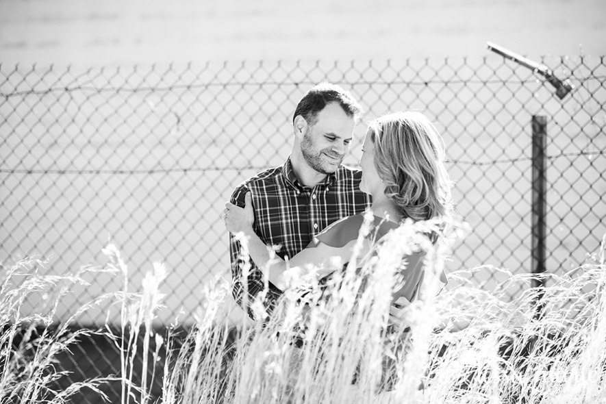 grant_park_octane_engagement_pictures_tessa_marie_weddings_candid_emotional_creative_photographs-90