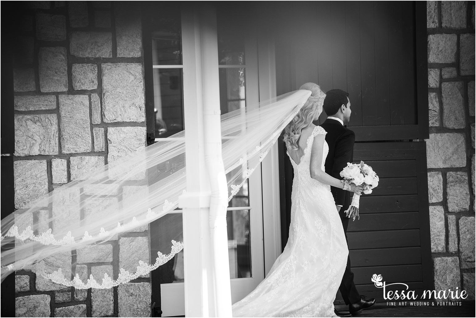 23_foxhall_stables_wedding_atlantas_finest_catering_tessa_marie_weddings