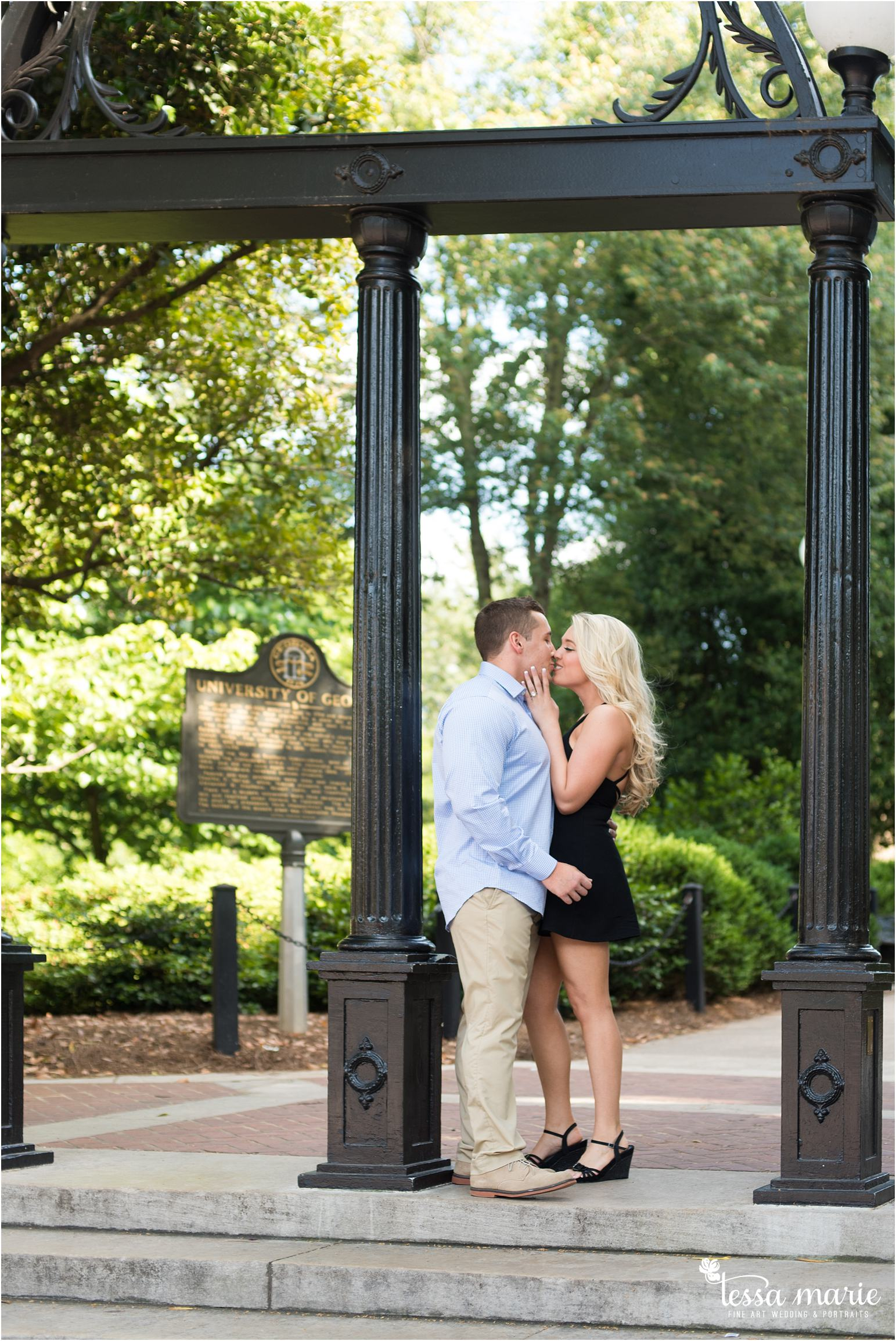 athens_ga_uga_university_of_georgia_engagement_pictures_north_campus_tessa_marie_weddings_athens_wedding_photographer_0016