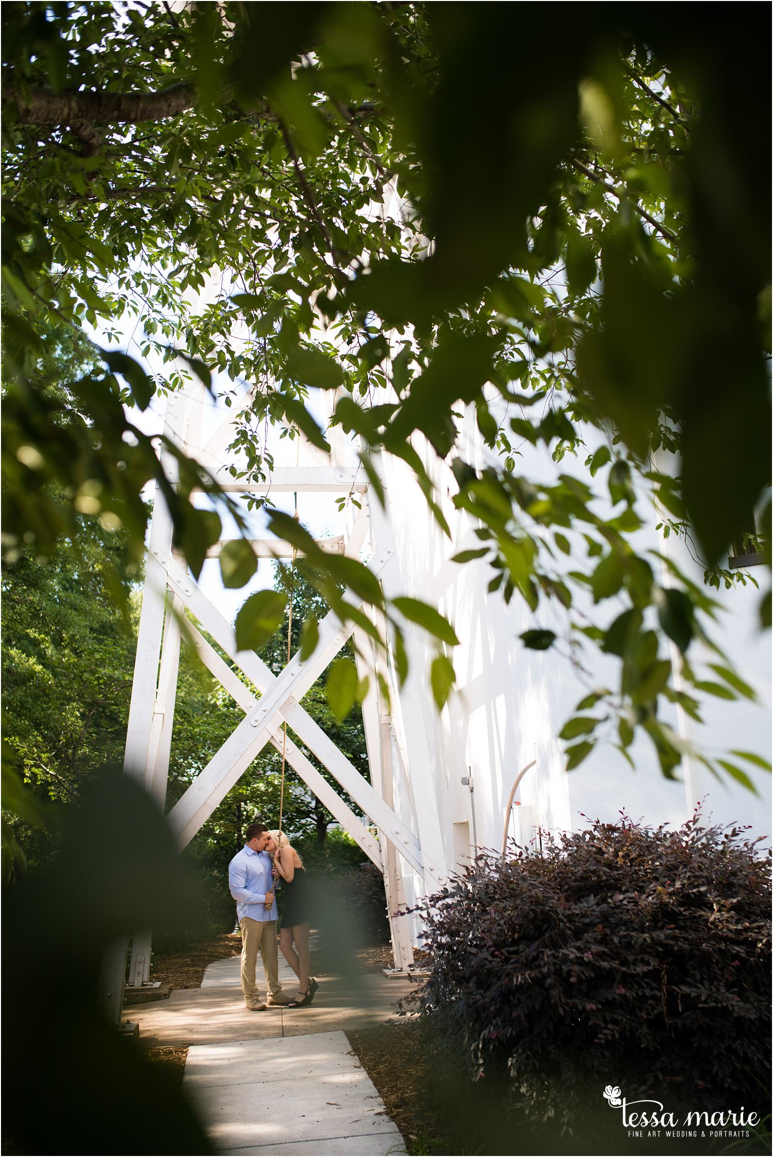 athens_ga_uga_university_of_georgia_engagement_pictures_north_campus_tessa_marie_weddings_athens_wedding_photographer_0076