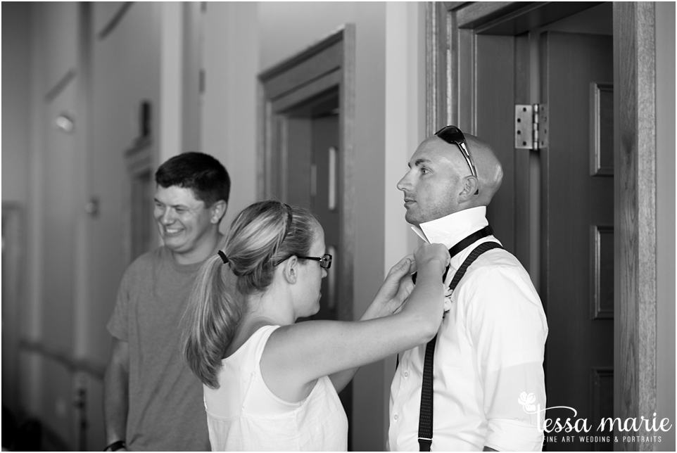 intimate_wedding_surprise_wedding_pictures_newnan_photographer_newnan_candid_moments_photography_0001