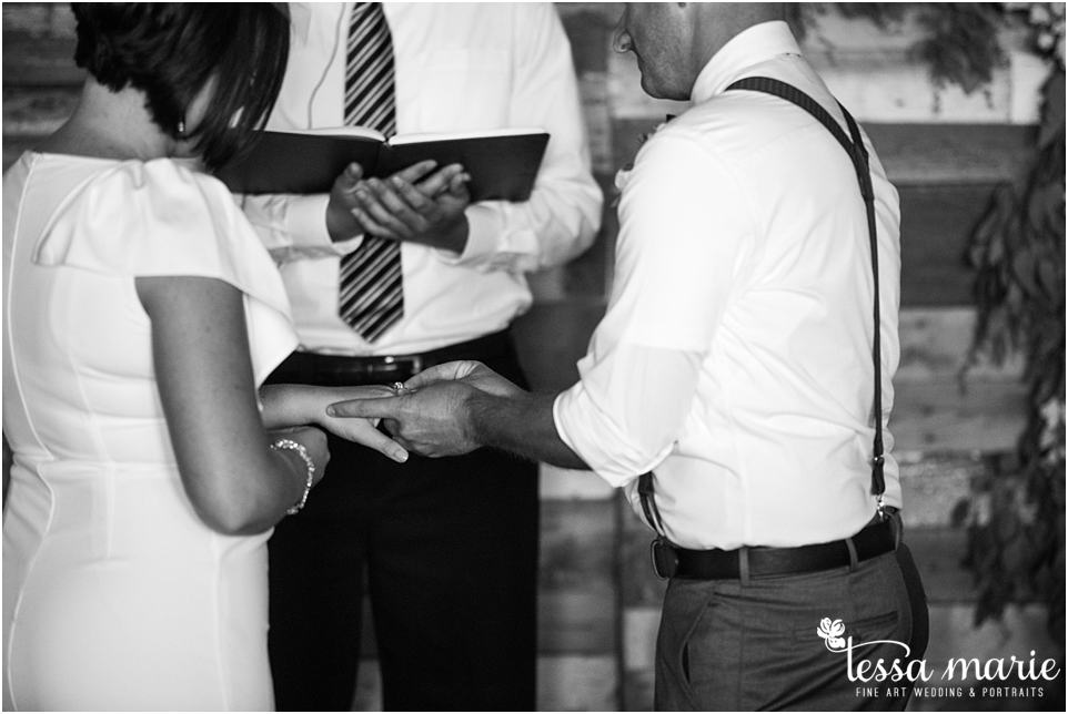 intimate_wedding_surprise_wedding_pictures_newnan_photographer_newnan_candid_moments_photography_0038
