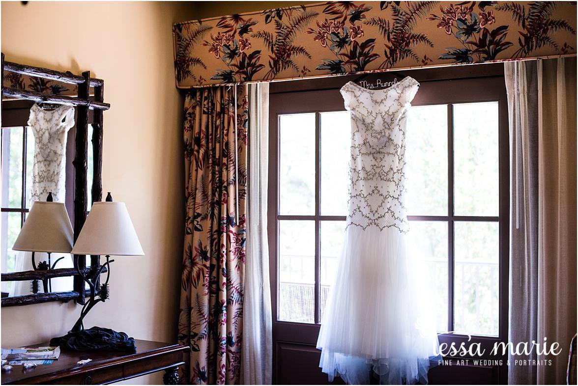 lake_lanier_wedding_summer_pictures_legacy_moments_family_candid_atlantas_best_wedding_photographer_tessa_marie_weddings_lake_lanier_bride_out_door_wedding_0025