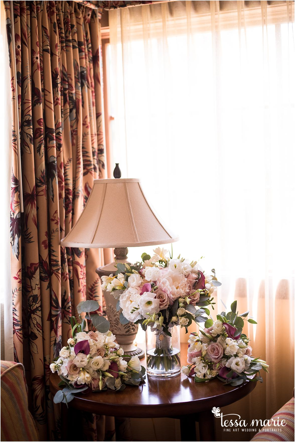 lake_lanier_wedding_summer_pictures_legacy_moments_family_candid_atlantas_best_wedding_photographer_tessa_marie_weddings_lake_lanier_bride_out_door_wedding_0038