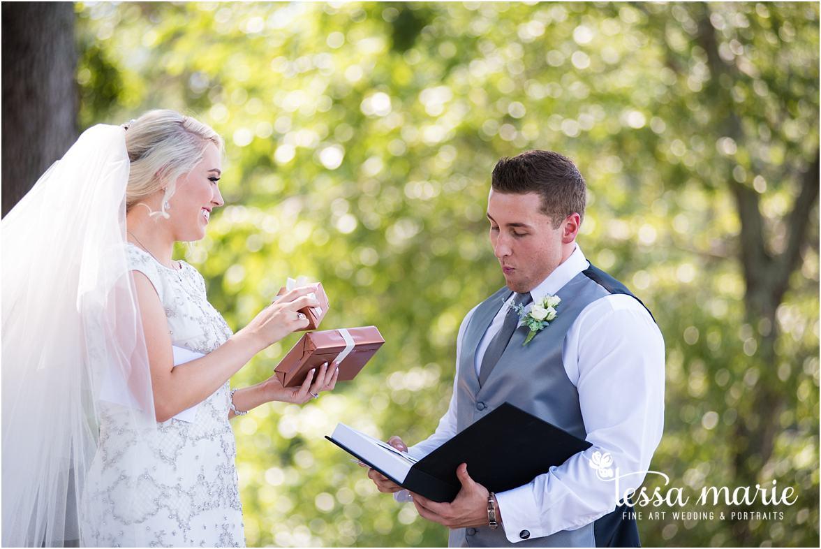 lake_lanier_wedding_summer_pictures_legacy_moments_family_candid_atlantas_best_wedding_photographer_tessa_marie_weddings_lake_lanier_bride_out_door_wedding_0078