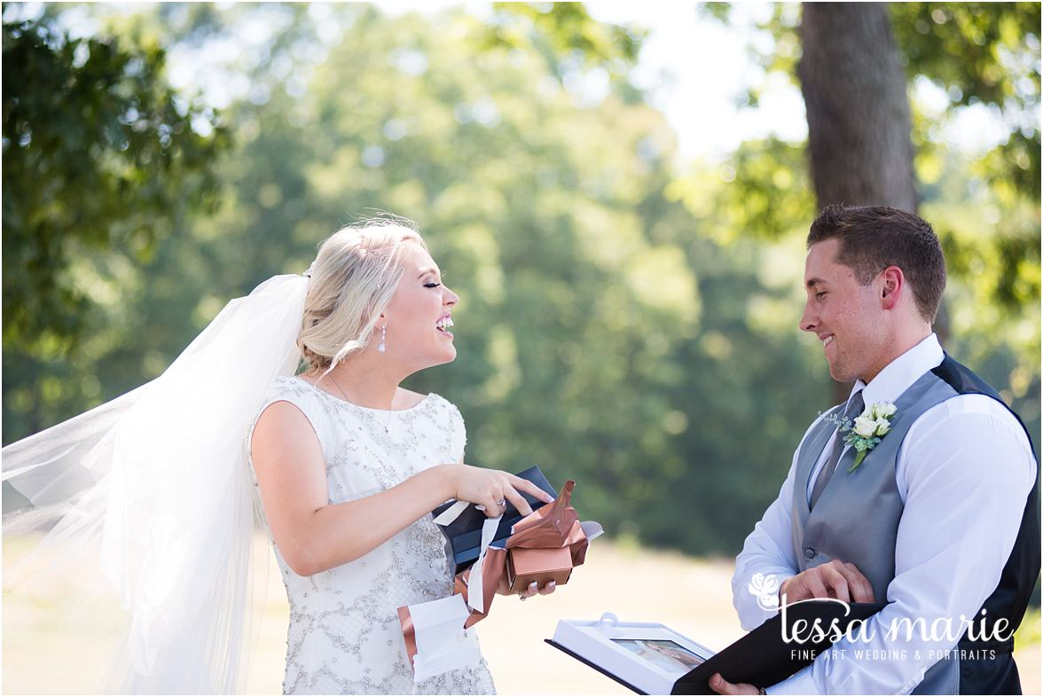 lake_lanier_wedding_summer_pictures_legacy_moments_family_candid_atlantas_best_wedding_photographer_tessa_marie_weddings_lake_lanier_bride_out_door_wedding_0082