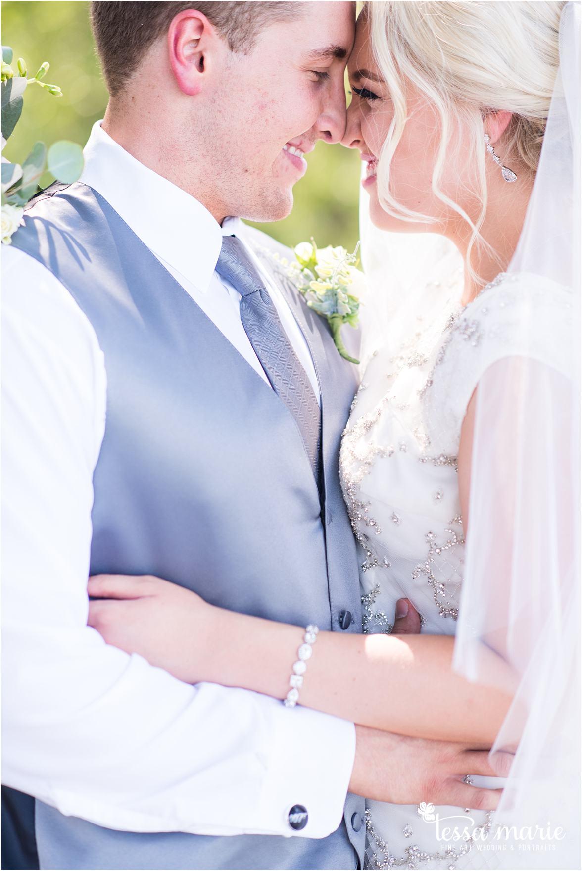 lake_lanier_wedding_summer_pictures_legacy_moments_family_candid_atlantas_best_wedding_photographer_tessa_marie_weddings_lake_lanier_bride_out_door_wedding_0133