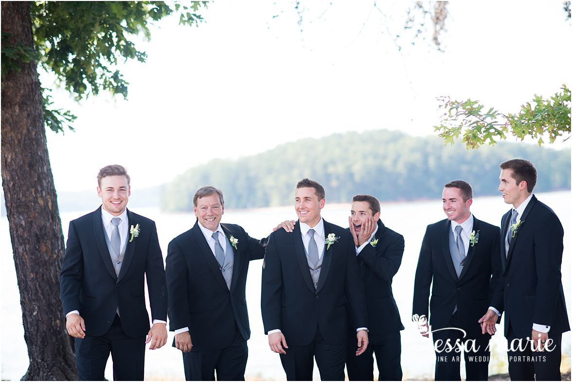 lake_lanier_wedding_summer_pictures_legacy_moments_family_candid_atlantas_best_wedding_photographer_tessa_marie_weddings_lake_lanier_bride_out_door_wedding_0188