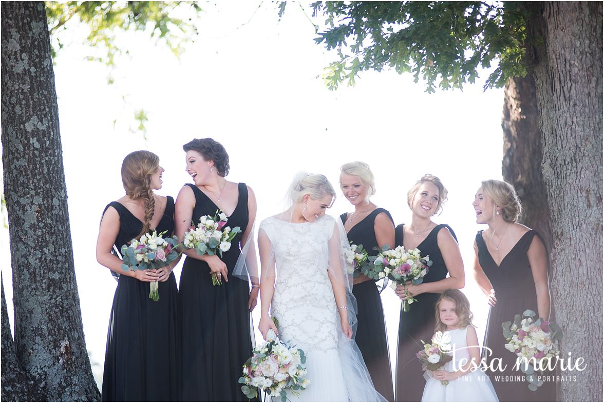 lake_lanier_wedding_summer_pictures_legacy_moments_family_candid_atlantas_best_wedding_photographer_tessa_marie_weddings_lake_lanier_bride_out_door_wedding_0204