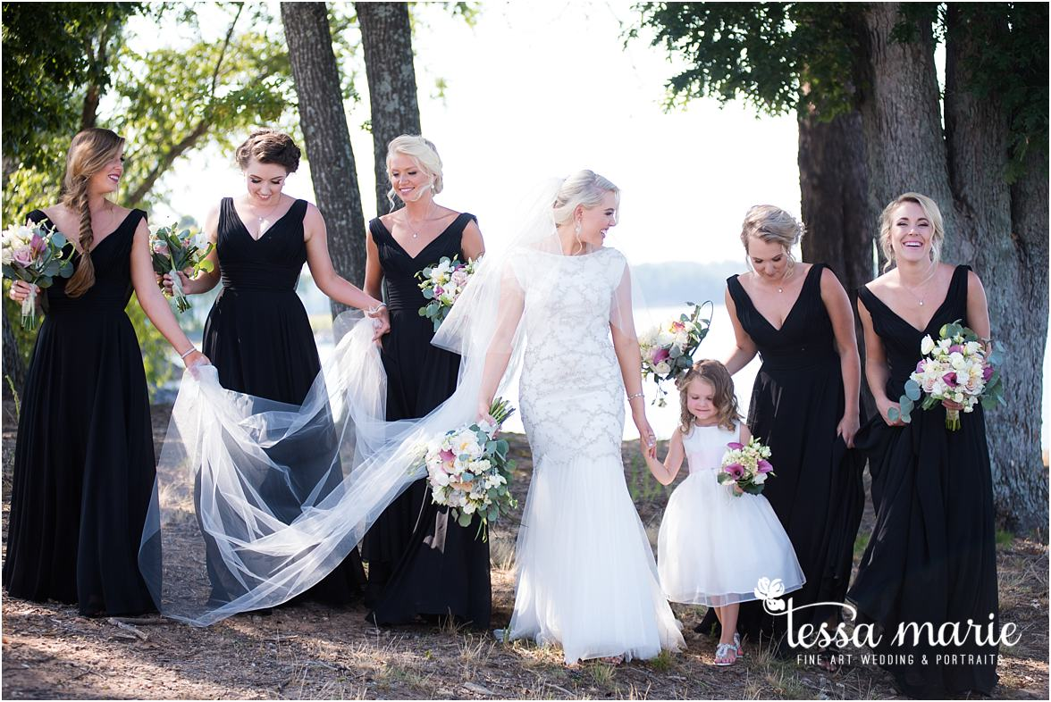 lake_lanier_wedding_summer_pictures_legacy_moments_family_candid_atlantas_best_wedding_photographer_tessa_marie_weddings_lake_lanier_bride_out_door_wedding_0208