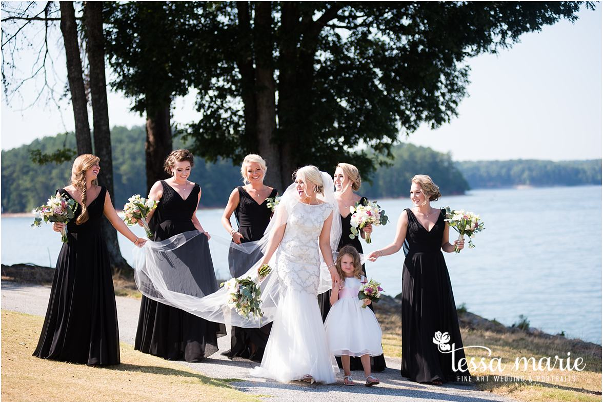 lake_lanier_wedding_summer_pictures_legacy_moments_family_candid_atlantas_best_wedding_photographer_tessa_marie_weddings_lake_lanier_bride_out_door_wedding_0213
