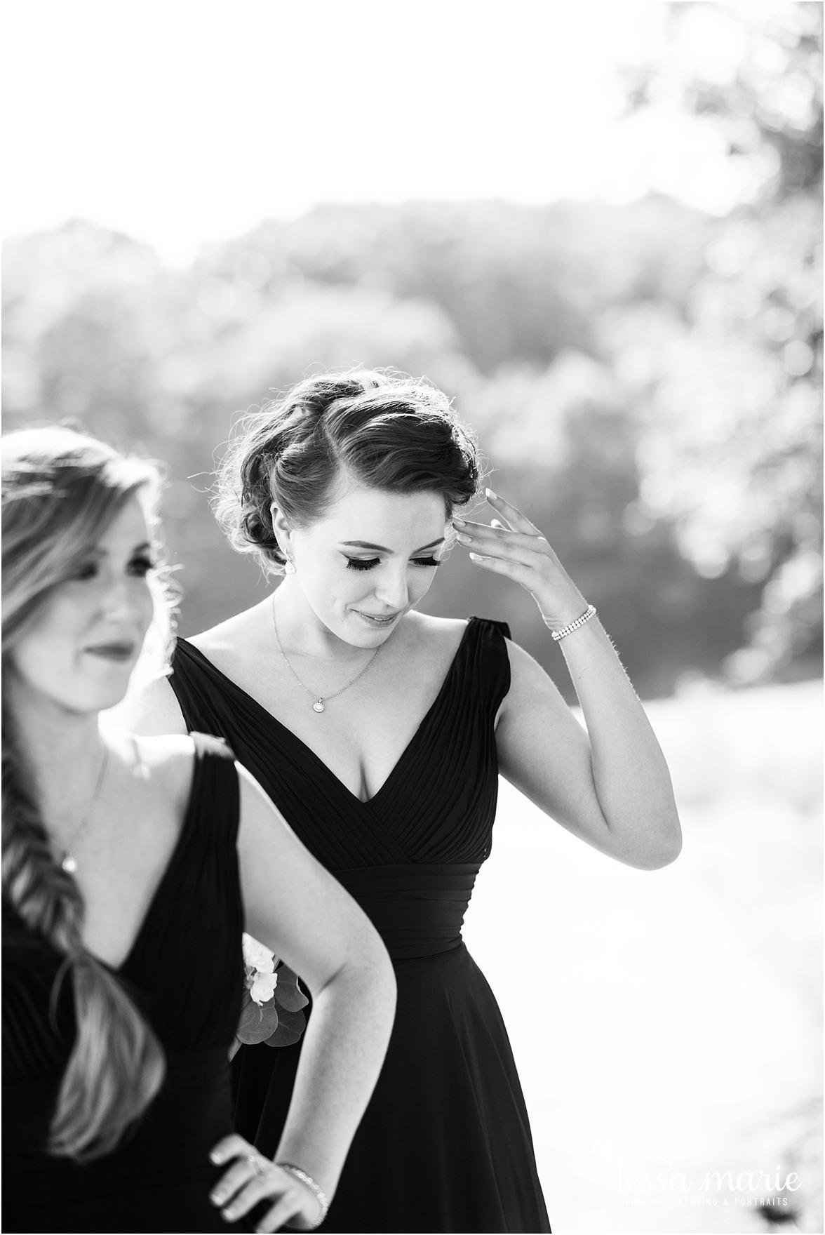 lake_lanier_wedding_summer_pictures_legacy_moments_family_candid_atlantas_best_wedding_photographer_tessa_marie_weddings_lake_lanier_bride_out_door_wedding_0229