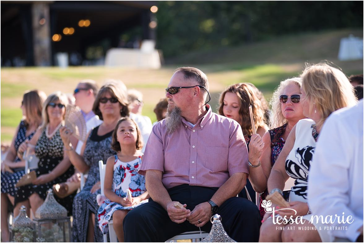 lake_lanier_wedding_summer_pictures_legacy_moments_family_candid_atlantas_best_wedding_photographer_tessa_marie_weddings_lake_lanier_bride_out_door_wedding_0255