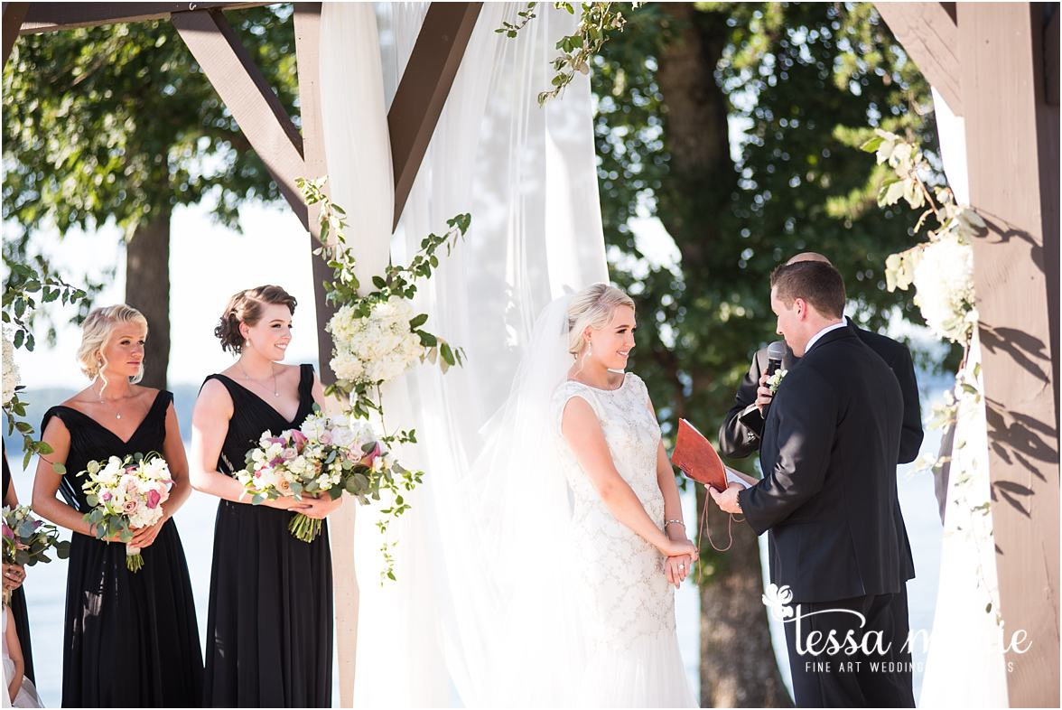 lake_lanier_wedding_summer_pictures_legacy_moments_family_candid_atlantas_best_wedding_photographer_tessa_marie_weddings_lake_lanier_bride_out_door_wedding_0276
