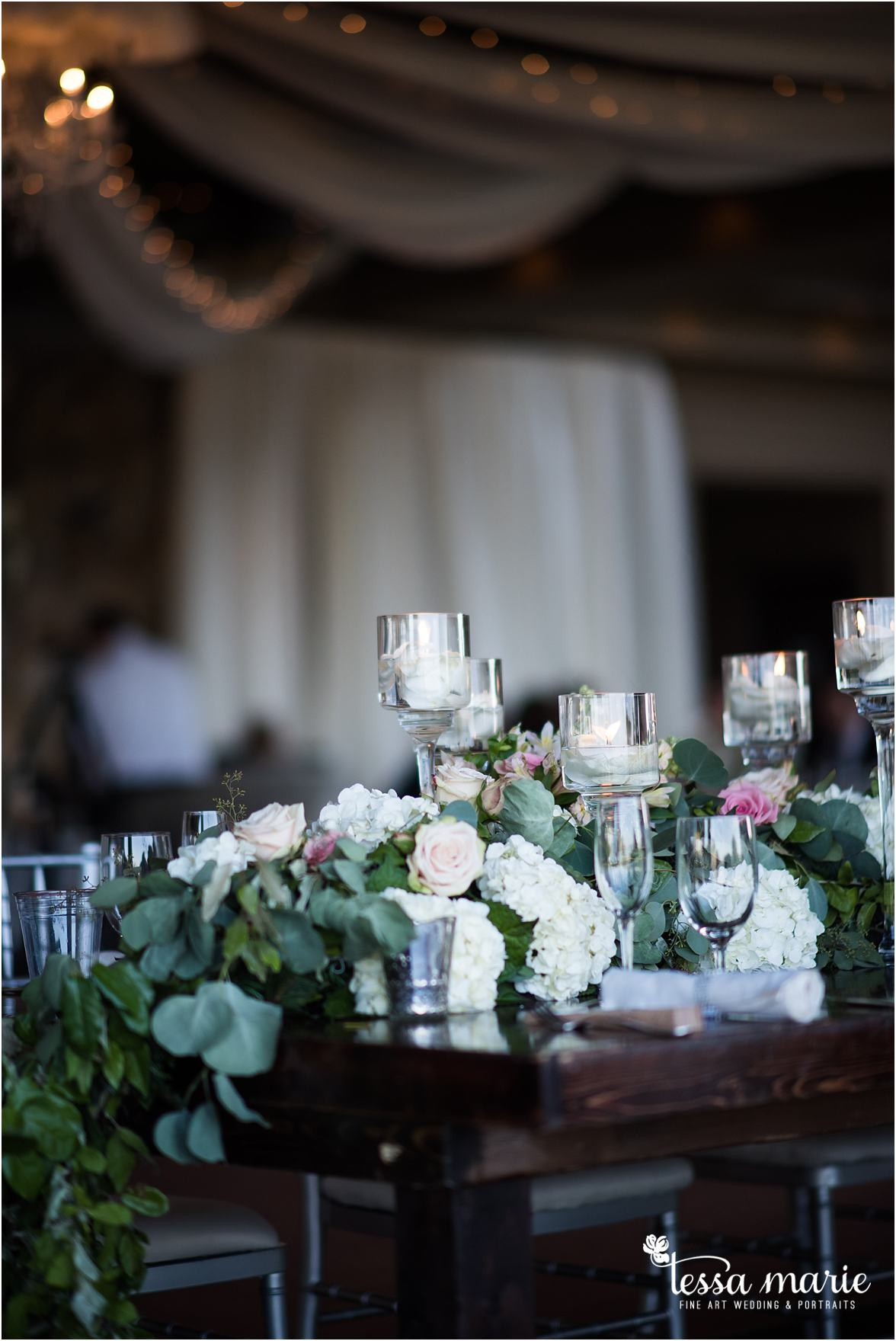 lake_lanier_wedding_summer_pictures_legacy_moments_family_candid_atlantas_best_wedding_photographer_tessa_marie_weddings_lake_lanier_bride_out_door_wedding_0303