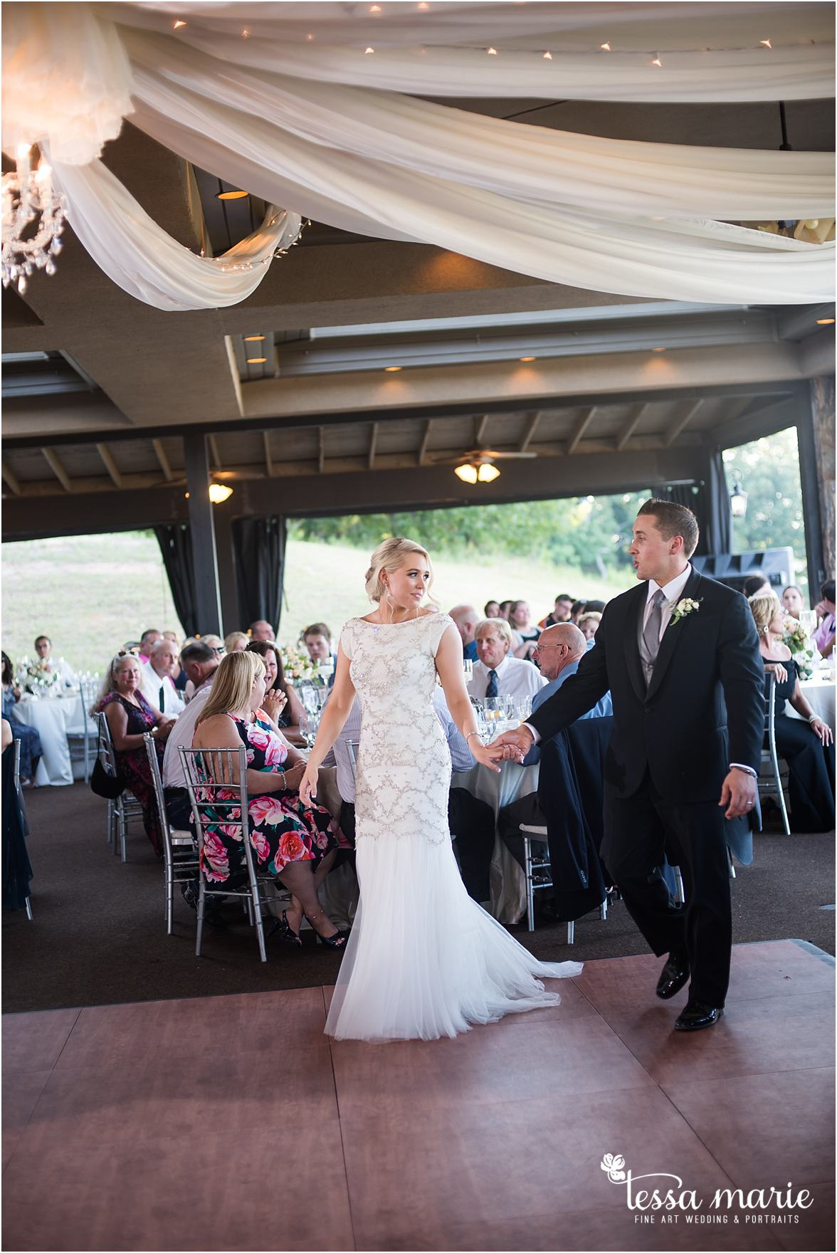 lake_lanier_wedding_summer_pictures_legacy_moments_family_candid_atlantas_best_wedding_photographer_tessa_marie_weddings_lake_lanier_bride_out_door_wedding_0312
