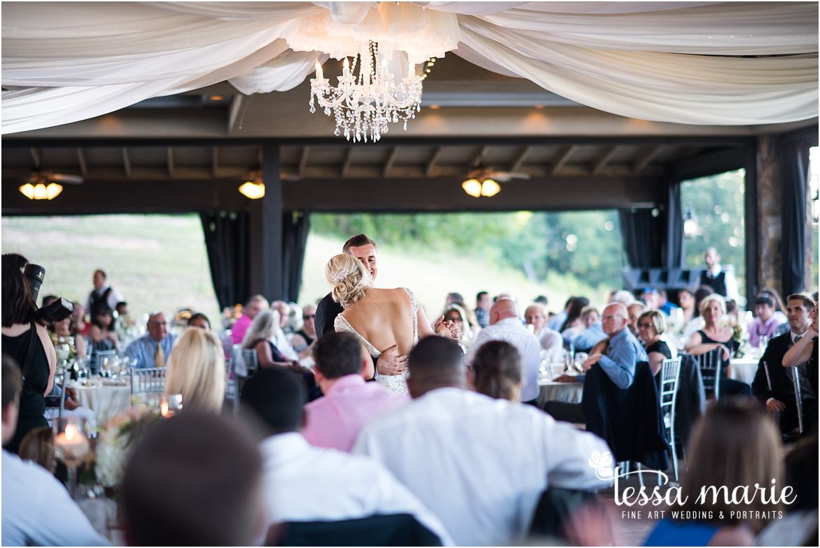 lake_lanier_wedding_summer_pictures_legacy_moments_family_candid_atlantas_best_wedding_photographer_tessa_marie_weddings_lake_lanier_bride_out_door_wedding_0317