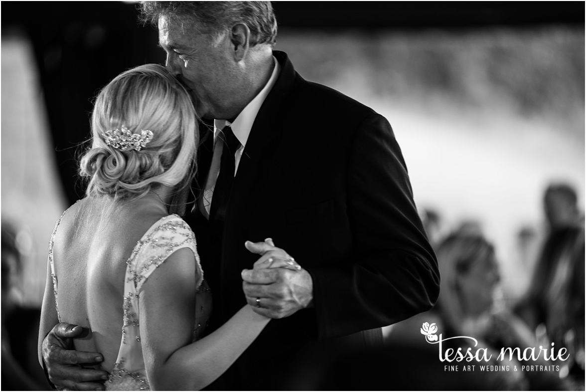 lake_lanier_wedding_summer_pictures_legacy_moments_family_candid_atlantas_best_wedding_photographer_tessa_marie_weddings_lake_lanier_bride_out_door_wedding_0324