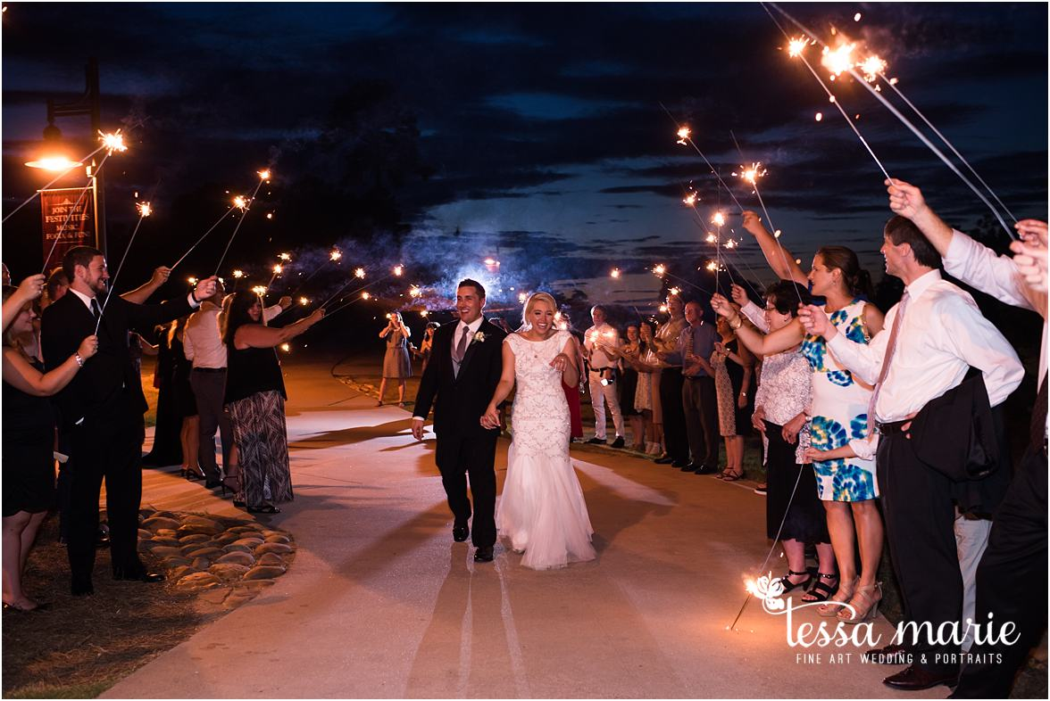 lake_lanier_wedding_summer_pictures_legacy_moments_family_candid_atlantas_best_wedding_photographer_tessa_marie_weddings_lake_lanier_bride_out_door_wedding_0363